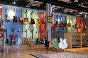 Fat Tone Guitars Showroom