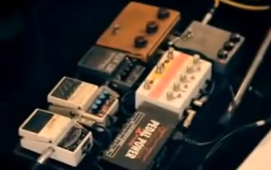 Yannis Philippakis pedal board 2010 view 2