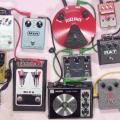 Andy and his 16 fuzz pedals video - Bass Guitar