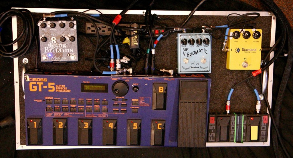 Johnny Marr - Modest Mouse / Smiths - Pedal Board