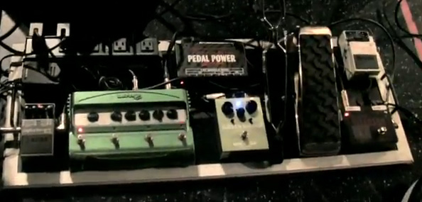 Troy Van Leeuwen - Queens of the Stone Age - Pedal Line Four