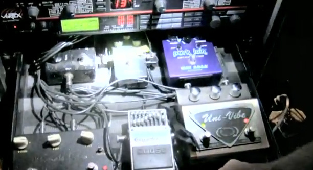 Troy Van Leeuwen - Queens of the Stone Age - Pedal Line Two