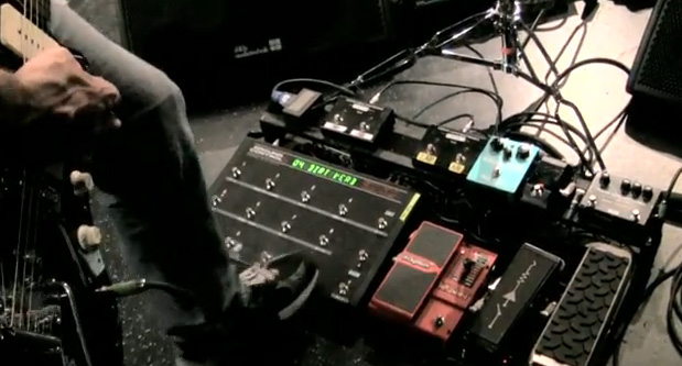 Troy Van Leeuwen - Queens of the Stone Age - Pedal Line