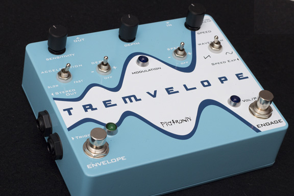 Pigtronix Tremvelope Demo