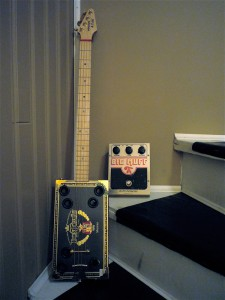 Winston & Fidel Cigar Box Guitar, Big Muff Pi
