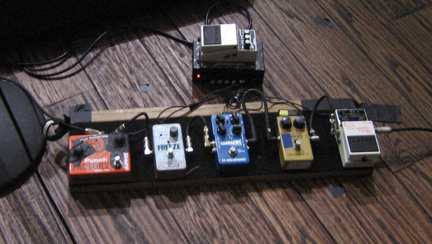 Pedal Board Breakdown - Bob Mould - Husker Du/Solo/Sugar