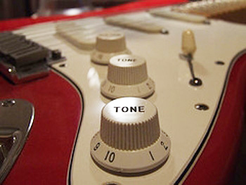Guest Post - 5 Inexpensive Ways to Better Guitar Tone