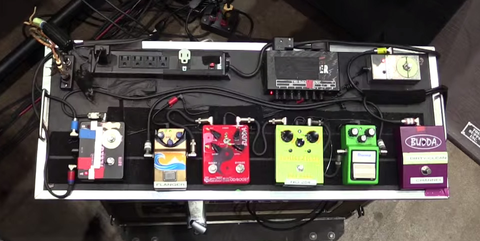 Pedalboard Break Down of Nancy Wilson of Heart