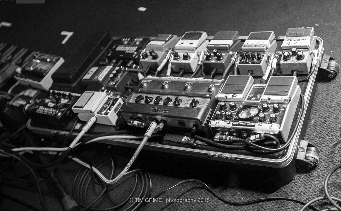 Pedalboard of The Church's Peter Koppes 2015