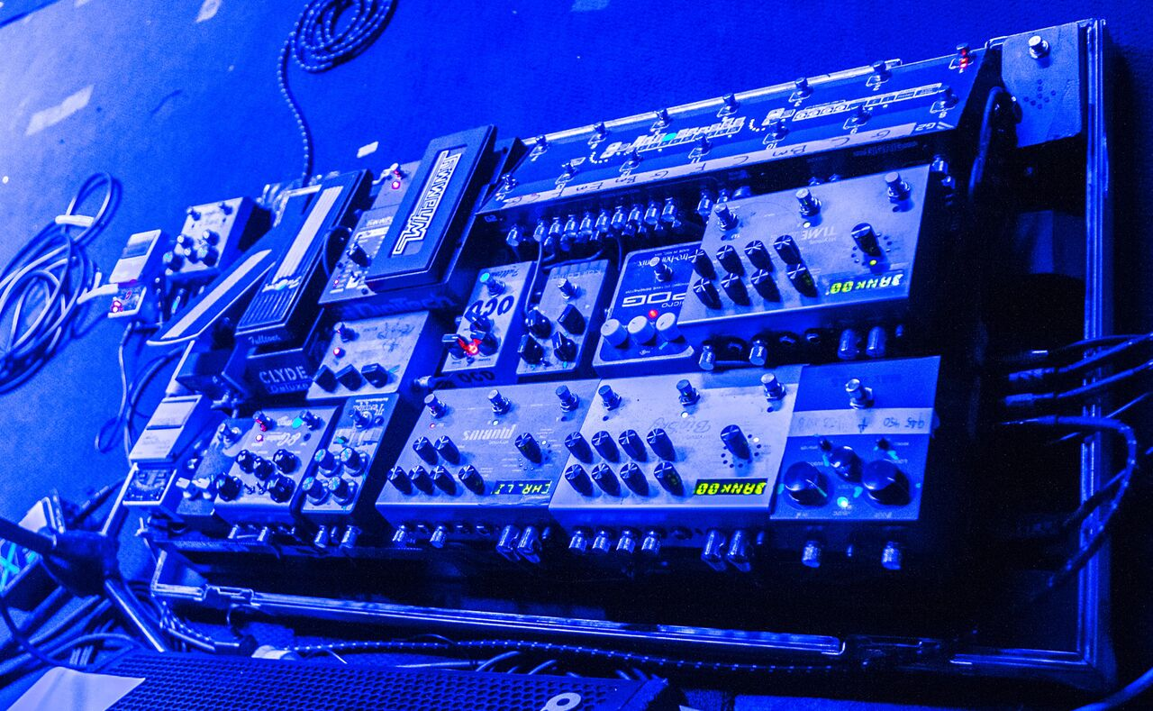 Pedalboard of The Church's Ian Haug 2015
