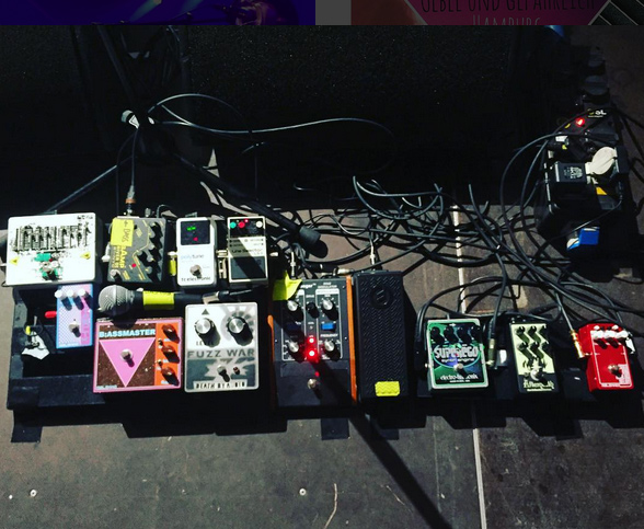 Pedalboard of Graham Lewis of Wire