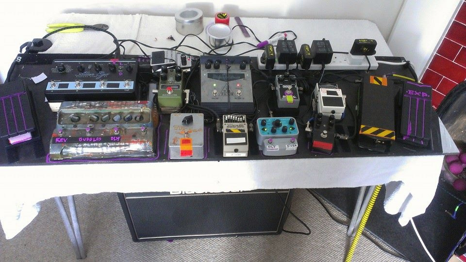 Reeves Gabrels and His Imaginary Friends Pedalboard 2015