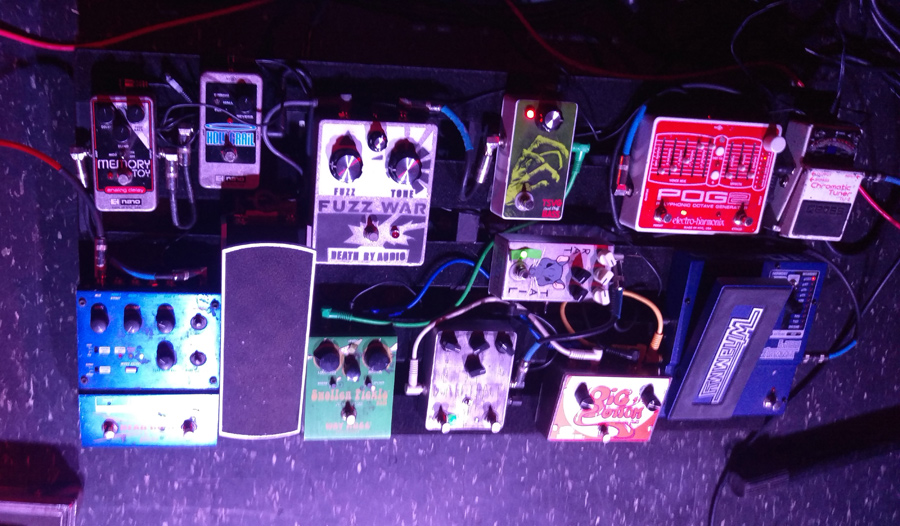 Russian Circles – Brian Cook – Pedalboard 2015