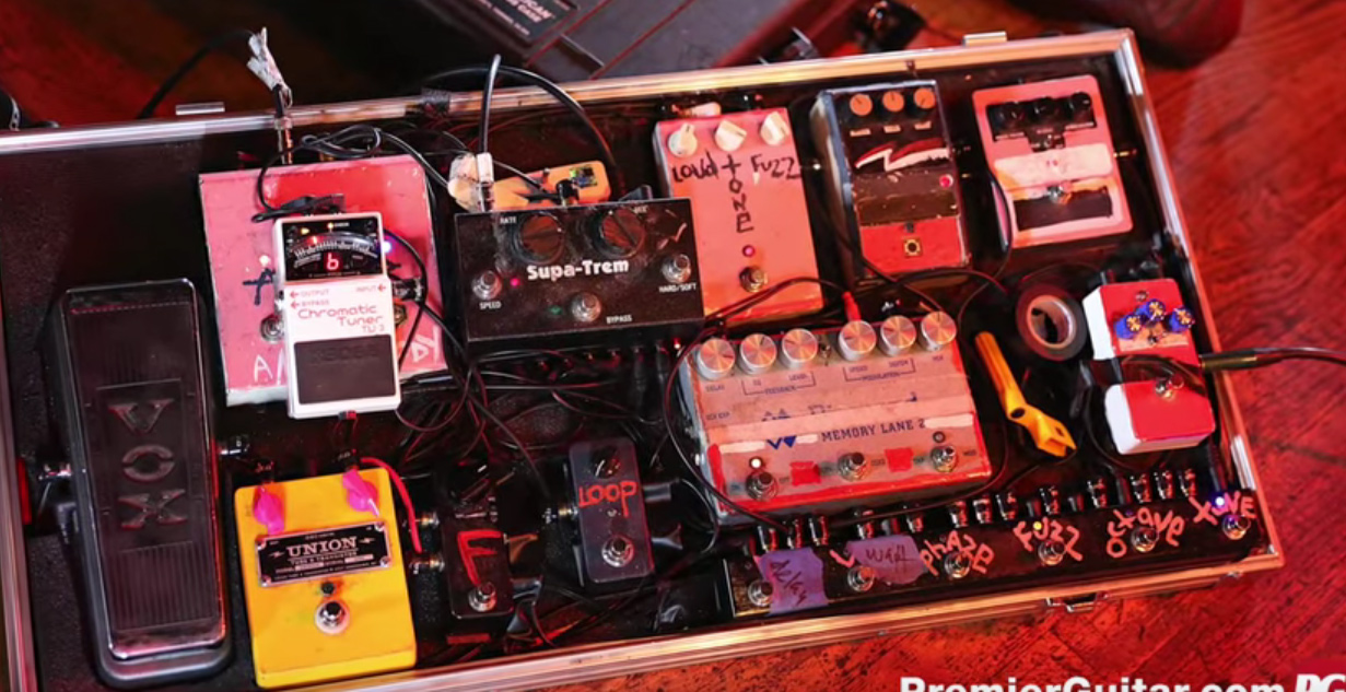 Rig Rundown - Black Mountain's Stephen McBean