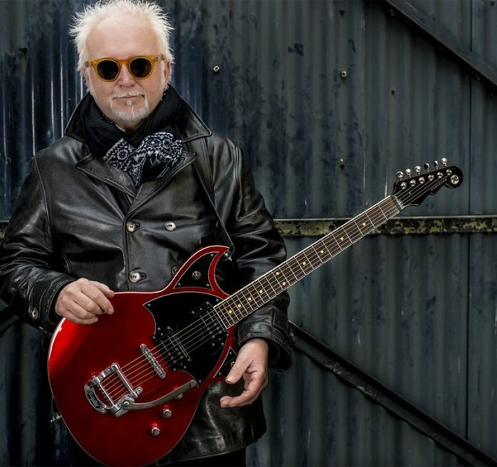 The Captain Meets - Reeves Gabrels
